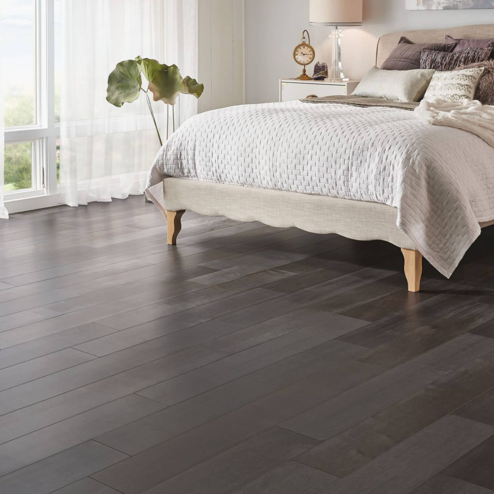 Solid or Engineered Hardwood   Carpets And More, Inc