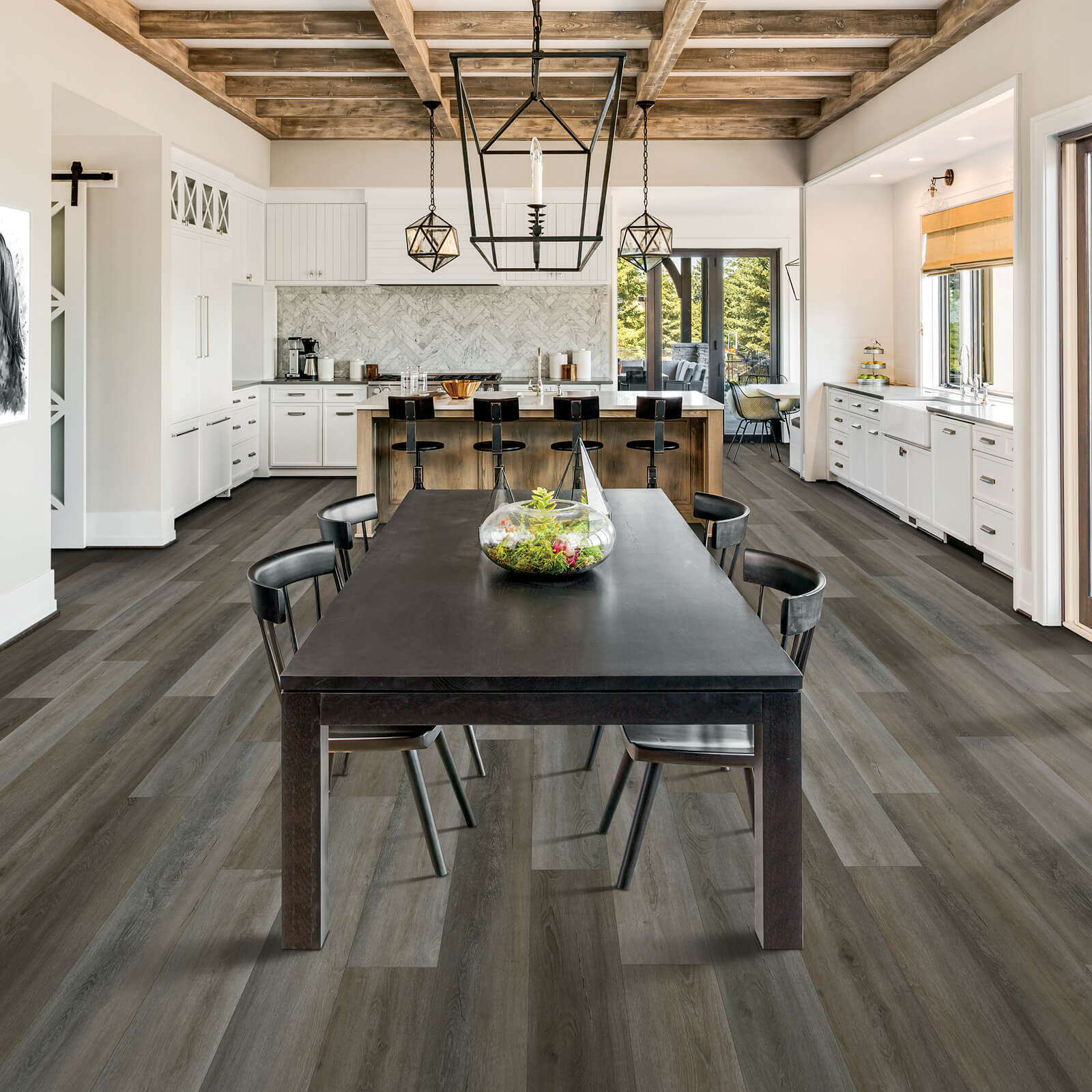Laminate Flooring in DIning Room | Carpets And More, Inc