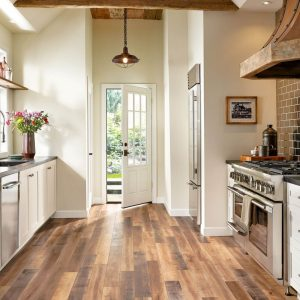Laminate Kitchen | Carpets And More, Inc